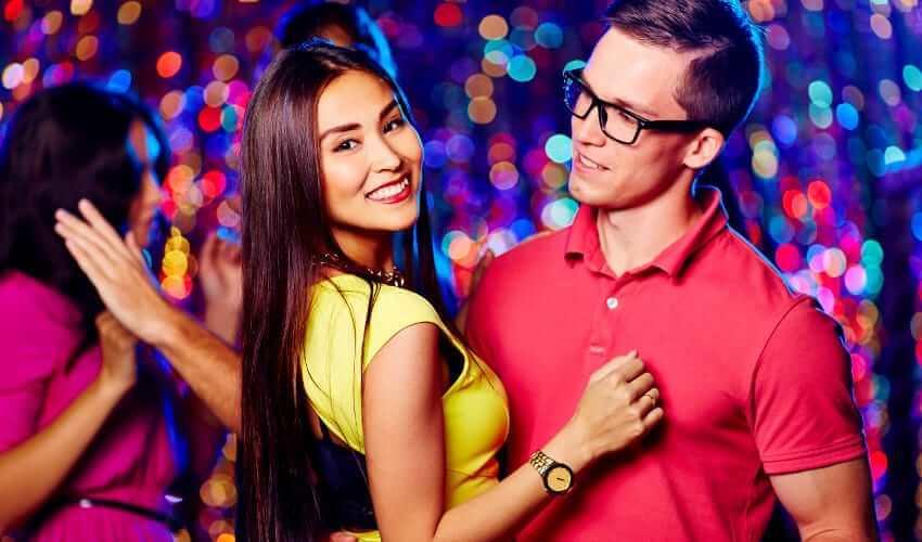 couple femme Thaïlandaise